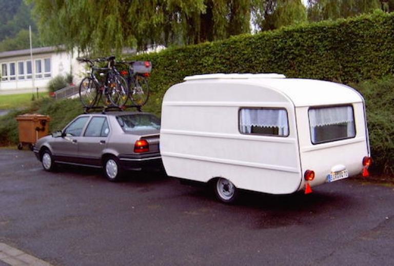 caravan_achter_auto_500x